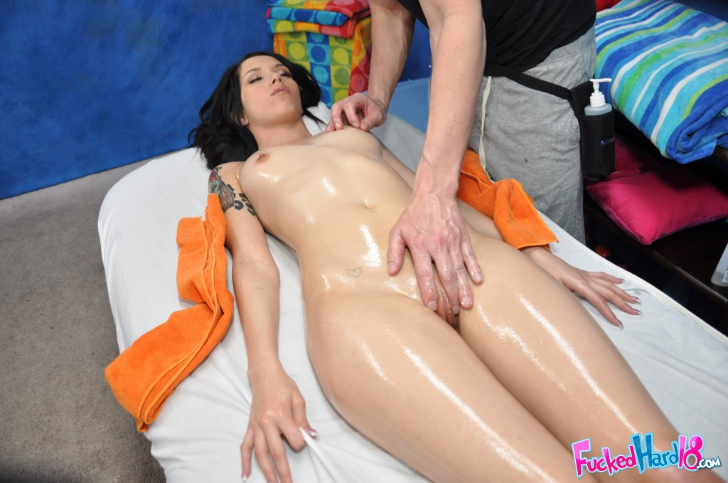 18 yr old callie cyprus gets a facial 9
