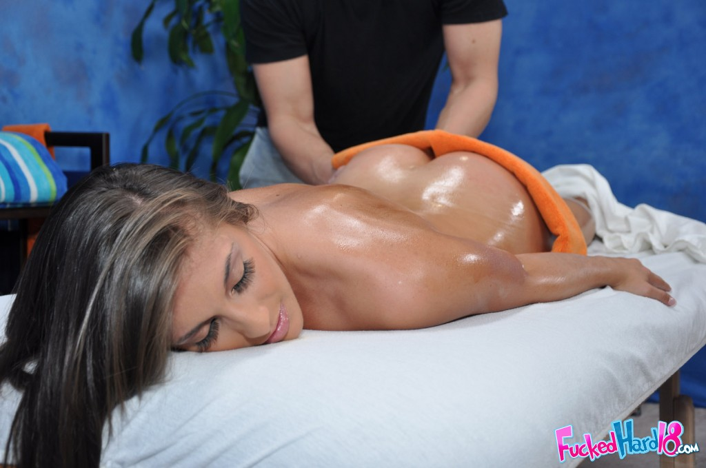 Ella milano is oiled up and spread open during her massage - 2 1